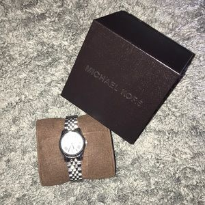 Michael Kors Stainless Steel Watch MK3228